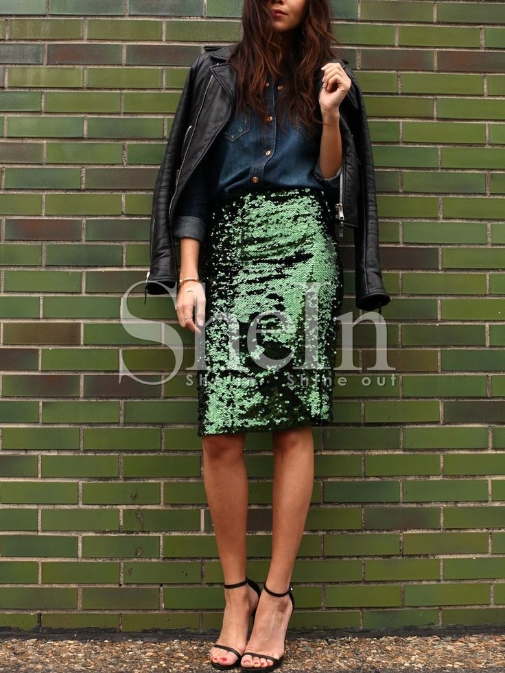 Shop Green Sequined Straight Skirt online. SheIn offers Green Sequined Straight Skirt & more to fit your fashionable needs.