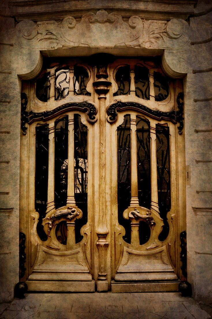 Двойные двери - ар-нуво