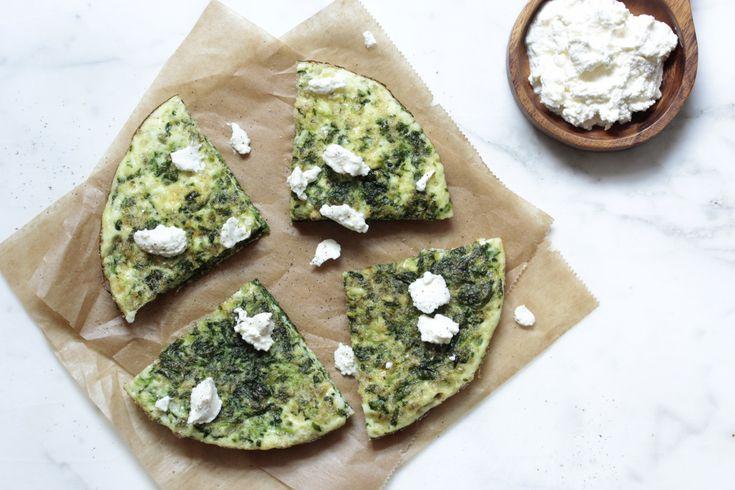 Omelette mit Spinat und Ricotta.