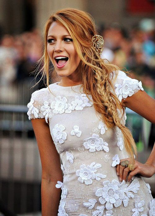http://www.pinterest.com/myfashionintere/ LOVE this hair color! It's just like Tami Taylor's :)
