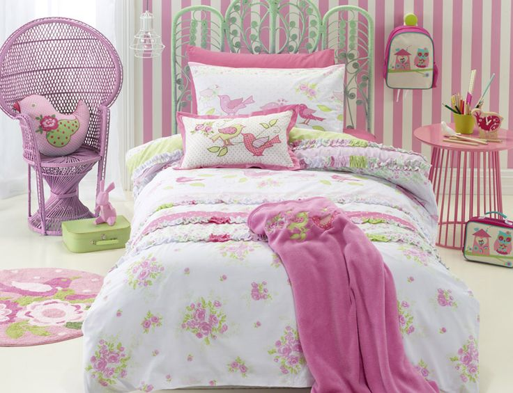 'Shabby Chic' bedlinen range is feminine and delicate with floral motif.