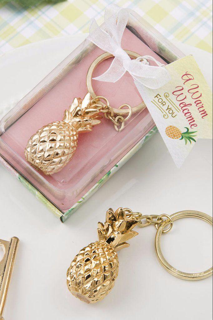 Pineapple Favor Keychain (Gold)
