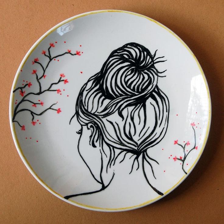 Prato decorativo Moça Coque (23 x 23 cm)