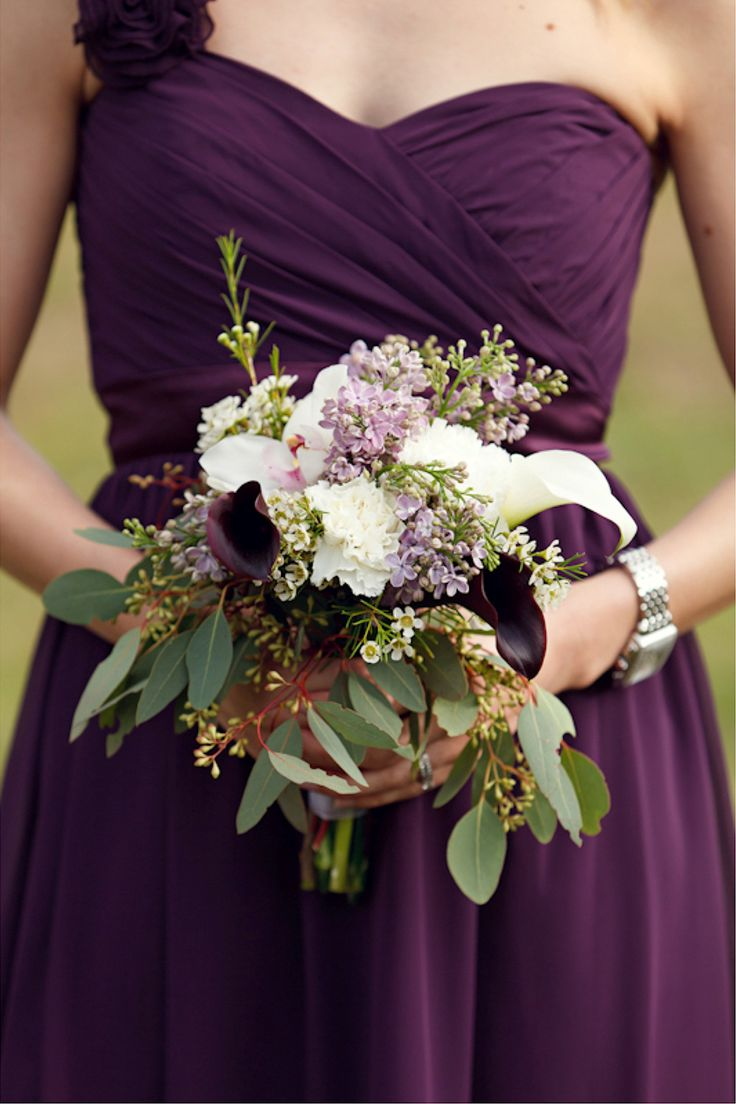 Plum bridesmaid dress with lilac and white bouquet | Avant Images via Every Last Detail