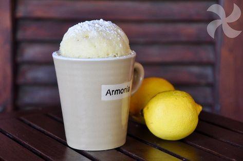 Mug cake de limón, ¡facilísimo! - https://www.thermorecetas.com/mug-cake-limon-facilisimo/
