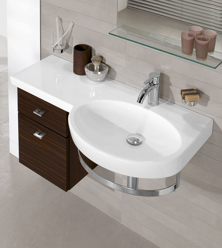 Villeroy & Boch Variable with Glossy Walnut Furniture