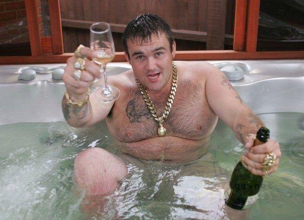 Победитель лотереи спустил все 10 миллионов фунтов