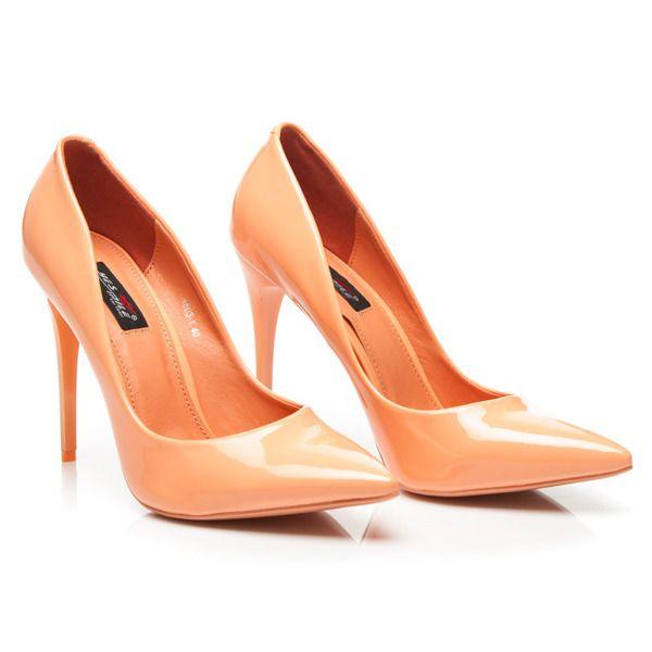 Pomarańczowe kobiece szpilki lakierowane
