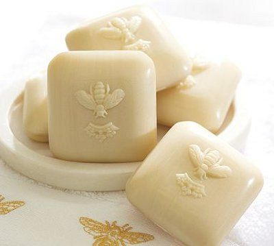I want to smell and touch this soap.
