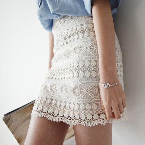 denim shirt+lace skirt=perfect.
