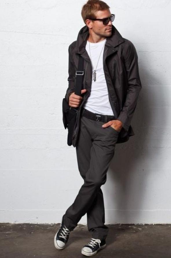 Zapatillas unisex que son furor. El calzado deportivo se instaló en los bloga de moda hace tiempo, y los podéis usar para un look canchero y cómodo.