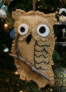 burlap owl...MARY, I bet the kids would have fun making these!