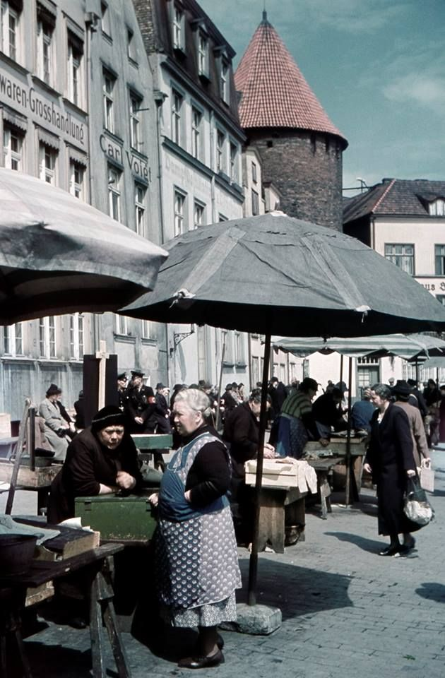 """Danzig Fishmarket""  Freie stadt Danzig, 1930s / Now Poland - Gdansk"