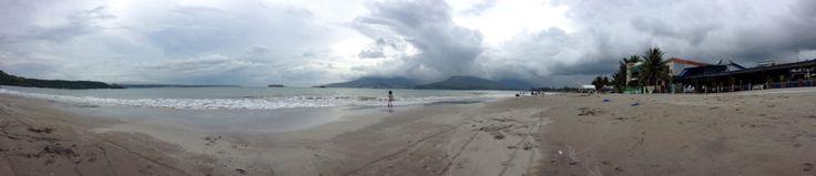 Gloomy day @ Subic bay