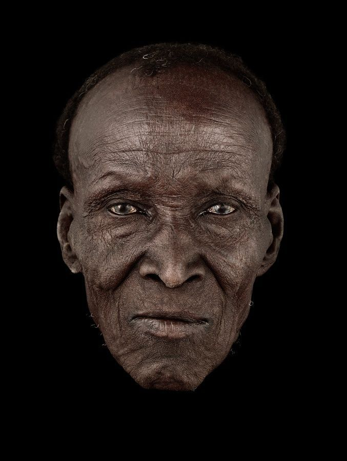Antoine Schneck, old face, wrinckles, aged, lines of Life, cracks in time, beauty, powerful, intense eyes, strong, portrait, photo