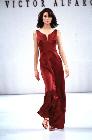 Victor Alfaro S/S 1996, Shalom Harlow in red 90s minimalism.