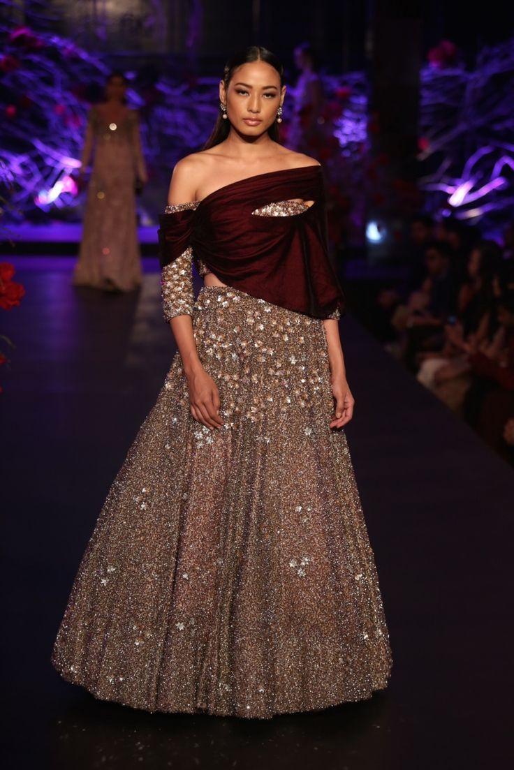 22 best Wedding dresses images on Pinterest | India fashion, Indian ...