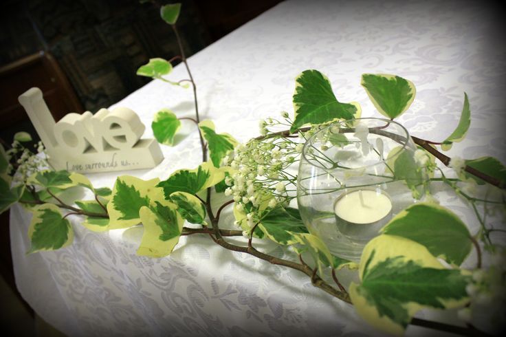 http://floralicious.wordpress.com/ signing table