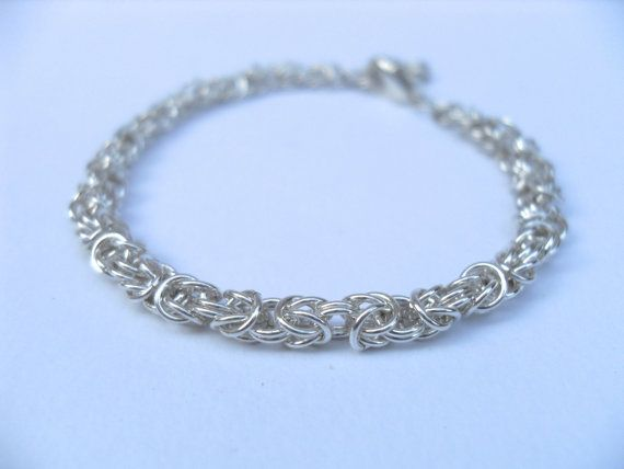 Sterling zilveren armband met maliën techniek door Jadejewellery