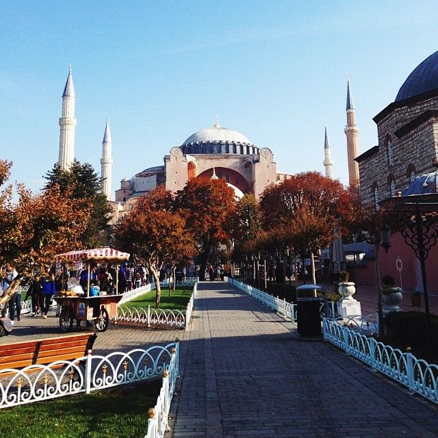 Fall leaves aren't the only colorful parts of Istanbul. Photo courtesy of natasia706 on Instagram.