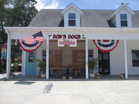 Bob S Dogs Oak Island Nc