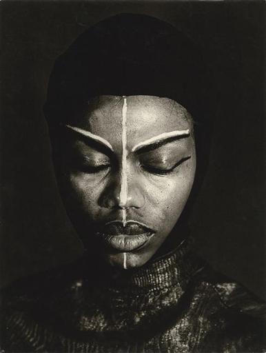 Mathilda Beauvoir, prêtresse vaudou. Etude d'expression et de maquillage by Thérèse Le Prat, 1952
