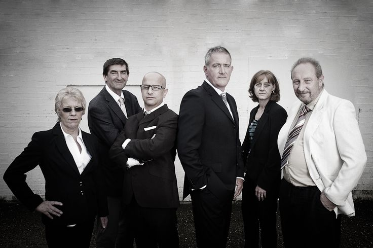 Corporate group photo styling