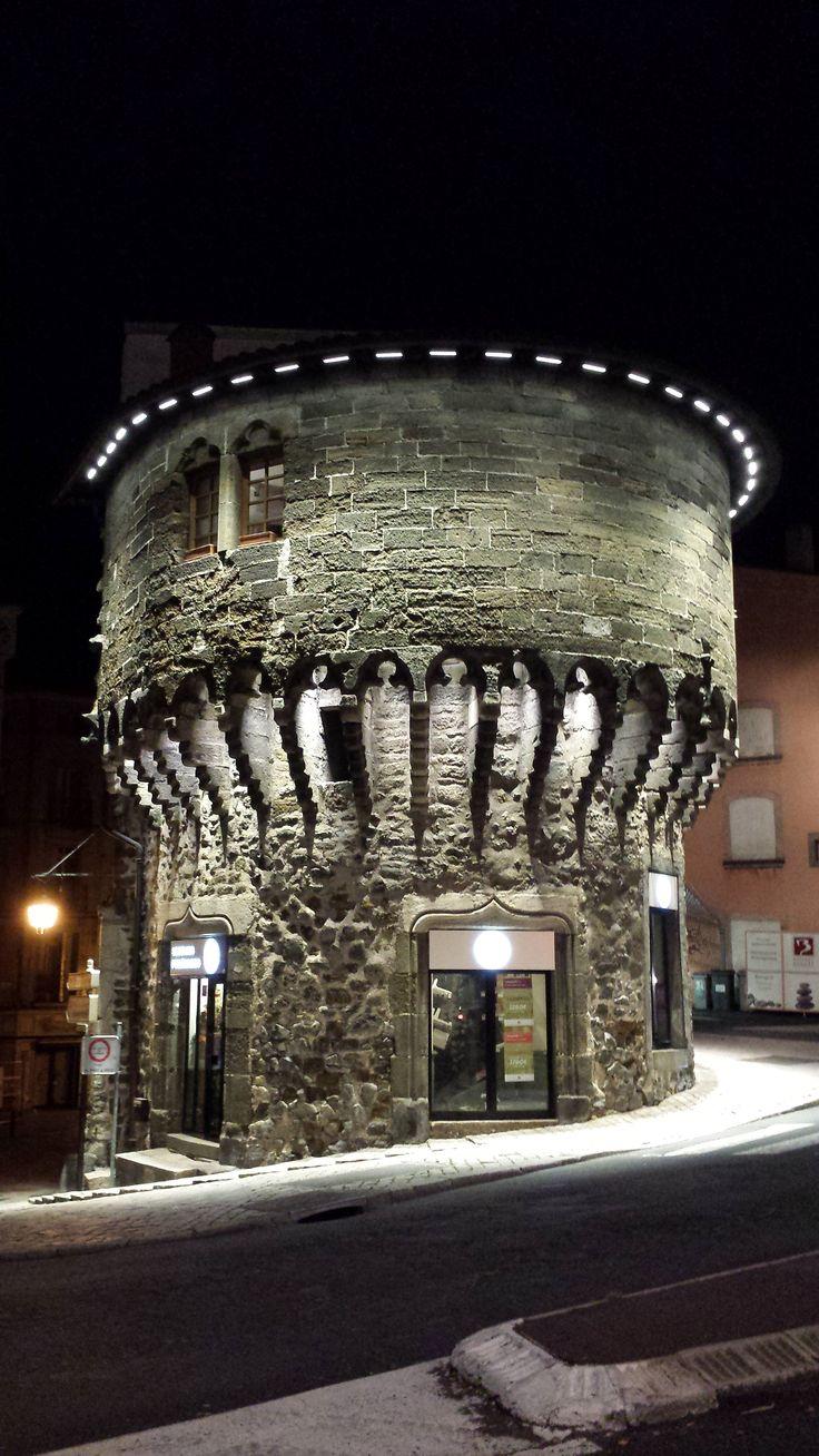 43000 LE PUY EN VELAY La Tour Pannessac  Projet de rénovation réalisé par l'entreprise EGEV.:) Did G ....
