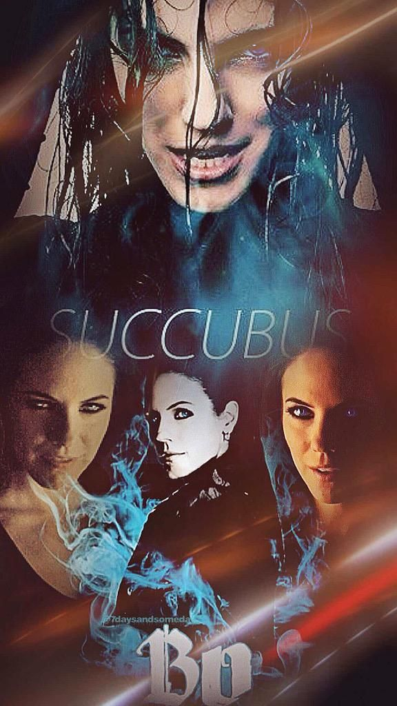"""happy faentastic #SuccubusSunday to all @Anna_Silk #Bo #LostGirl Fans """"what really matters today is to be HAPPY"""""""