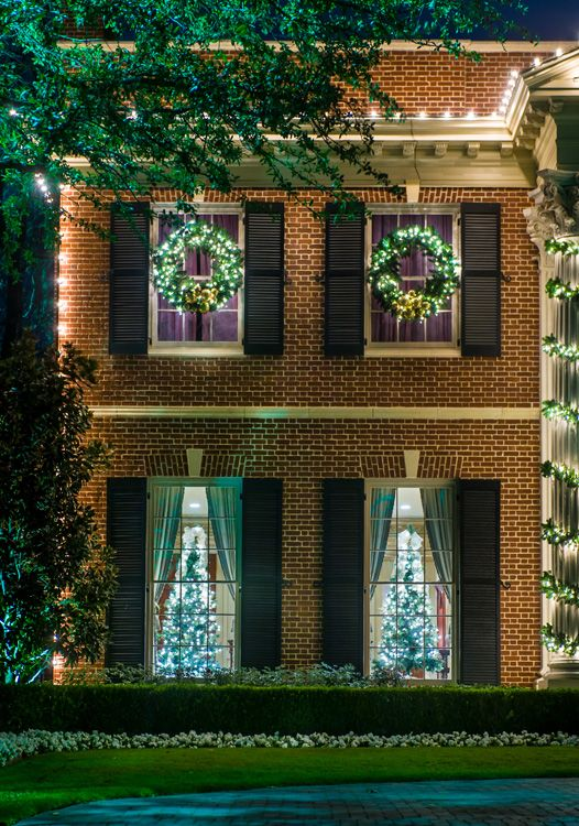 Highland Park / University Park TX at Christmas time is a unique one- & 25 best The Holidays in the Park Cities images on Pinterest ...