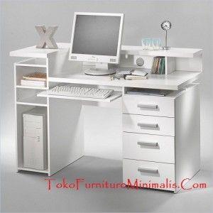 meja komputer kantor warna putih cat duco yang menggunakan bahan bakun kayu bahaoni dengan kualitas perhutani, yang asli di kerjakan oleh pegrajin jepara yang sudah berpengalaman  cara order: nomer/WA 081329043777 PIN BB : 7D64F888