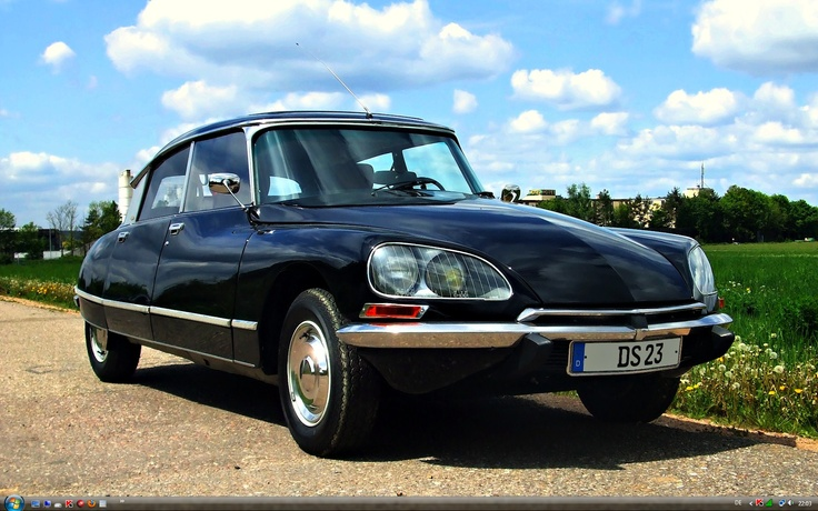 Dad had 3 Citroens when I was very young, including a DS23 this same colour. I will never forget it's form and the way it just seamed to glide across the road.