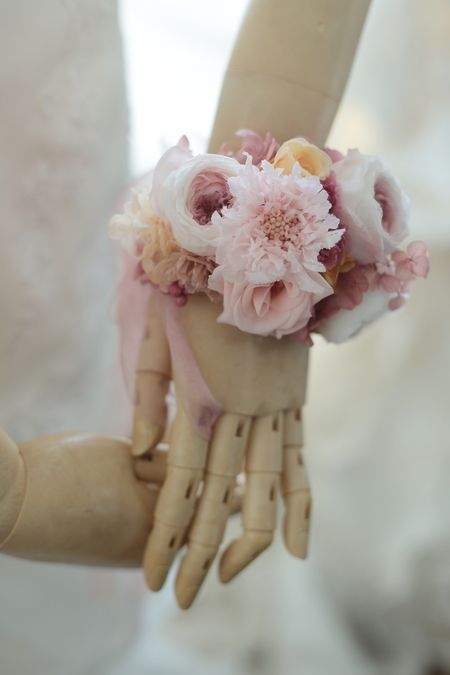 キュートピンクの花冠とリストブーケ ひらまつレゼルブ様へ : 一会 ウエディングの花