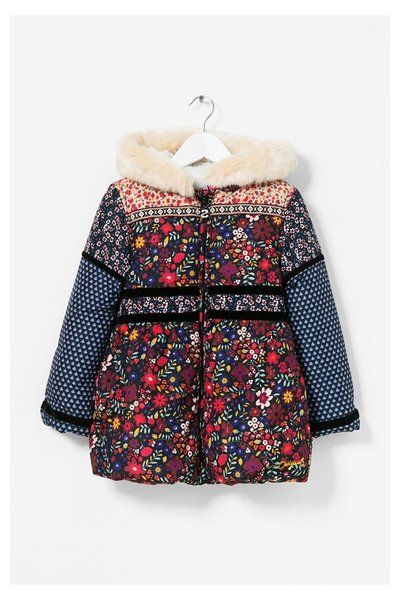 Coat Setter Desigual. Discover the fall-winter 2017 collection. Free shipping and returns in-store!