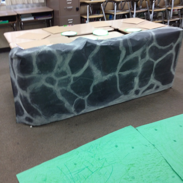 Fake stone wall for the classroom chalk on black paper  Could also use craft paper for a brown stone look