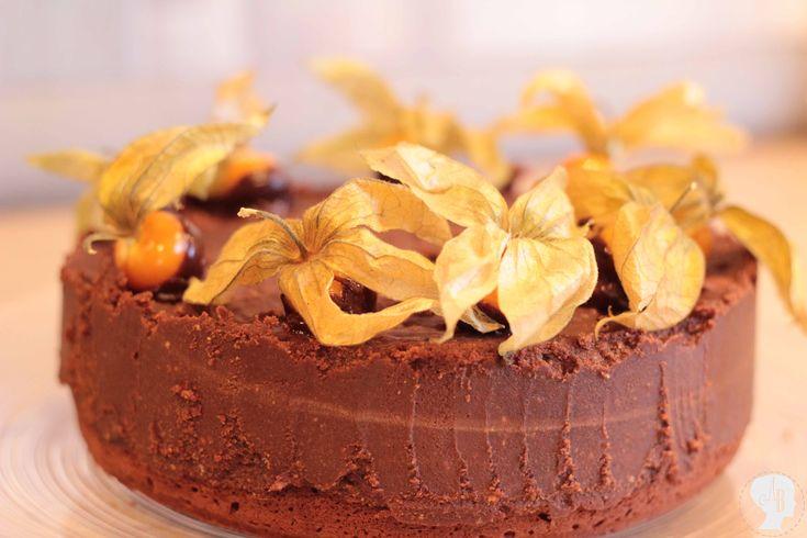 FOOD: Schoko-Trüffel-Torte - Heute in der Schritt-für-Schritt-Anleitung - für gemütliche Kaffe und Kuchen - Runden #backen #schokolade #schokotrüffeltorte #torte #kuchen