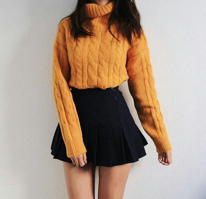 Outfits de oficina 'negro y amarillo' que tienes que ponerte a la voz de ya