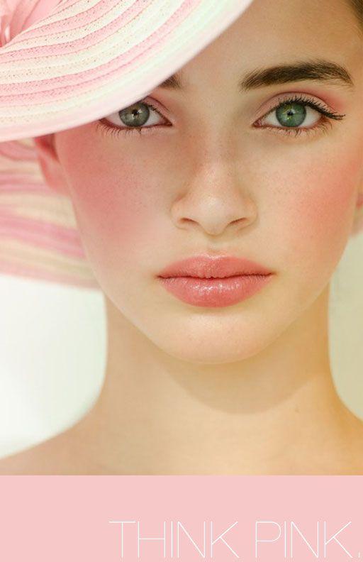 Makeup tutorial on pink makeup