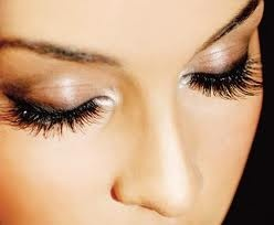 Mink eyelash extensions! Self explanatory, if I'm not rocking ardell fakies or extreme fake lashes (bulk from china!!) then I'm filled out with minkies :)