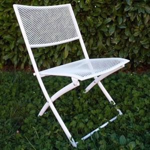 Les 25 meilleures idées de la catégorie Chaises de jardin en métal ...