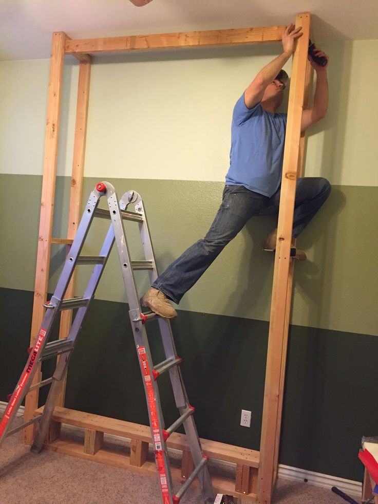 {Junk in their Trunk}: DIY Murphy Bed (Wall Bed)