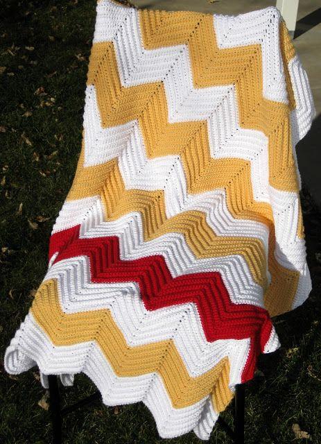 #Crochet Chevron Blanket #Pattern   Quick & easy for beginners. Texture.