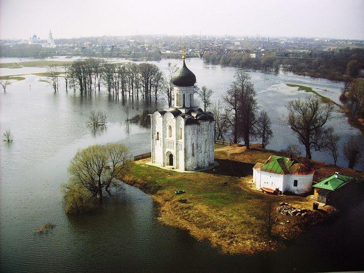 Владимирская область. Церковь Покрова Пресвятой Богородицы на Нерли