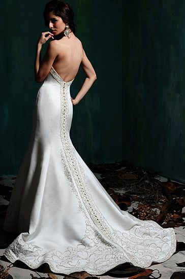 9 best images about mermaid wedding gowns on pinterest for Wedding dress boutiques atlanta