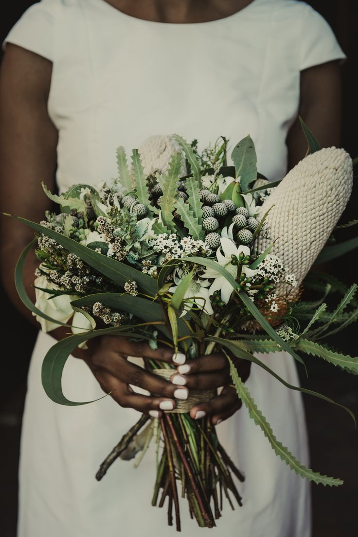 Ashani & Aaron Image: She Takes Pictures, He Makes Films Florals: Mary Mary