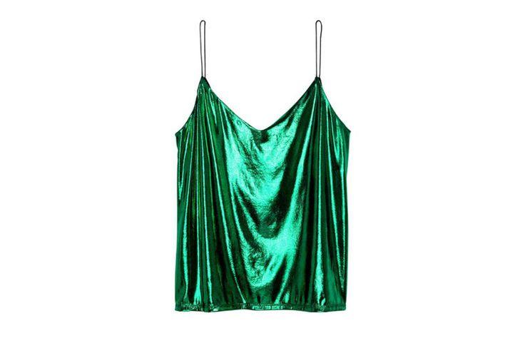 21 prendas y accesorios coloreados con el verde Greenery