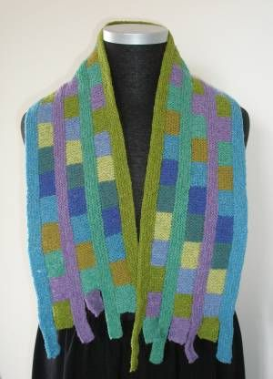 Domino Knitting and a Free Scarf Pattern · Knitting | CraftGossip.com