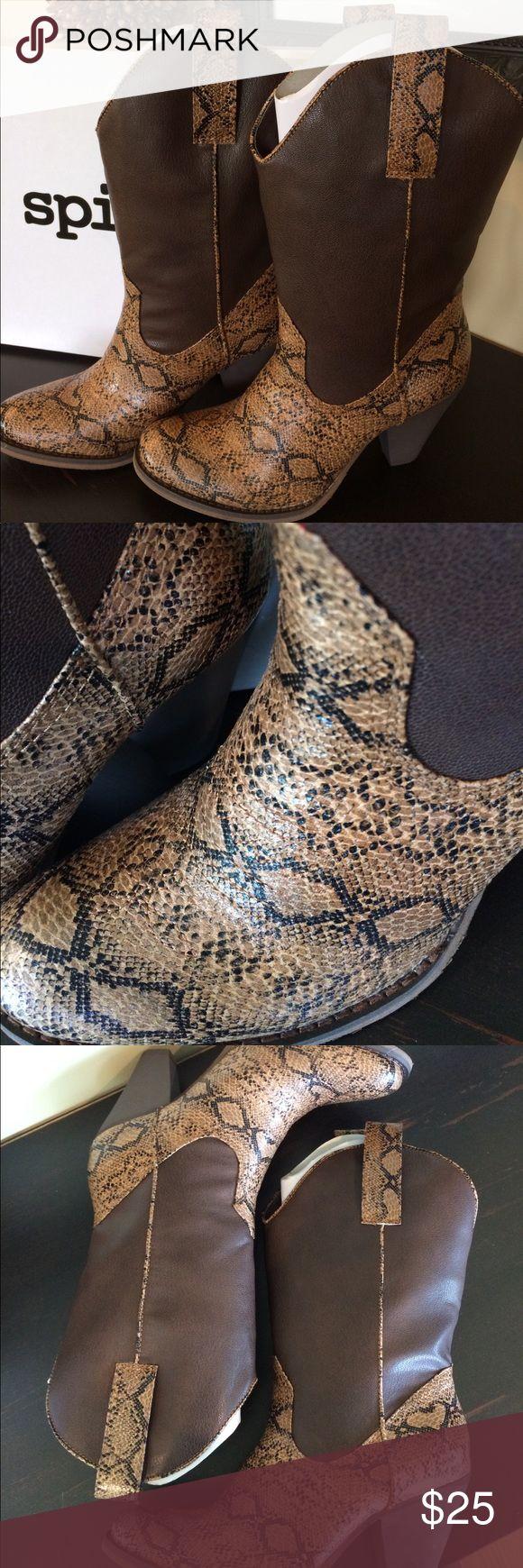 "Women's Size 7.5 Faux Snakeskin Cowboy Boots Women's Size 7.5 Faux Snakeskin Cowboy Boots NEW WITHOUT BOX Spite ""Rattler"" Spite Shoes Heeled Boots"