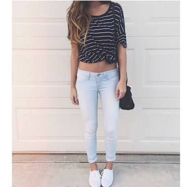 striped tee with jeans claros and converse