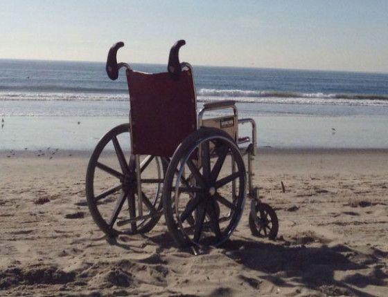 Alças de auxilio facilitam empurrar cadeira de rodas | Portal PcD On-Line